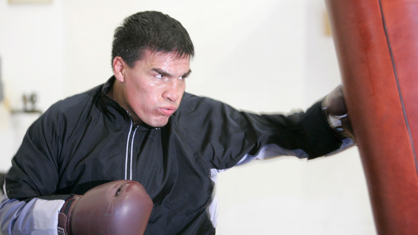 Exboxeador argentino y campeón mundial Carlos Baldomir es condenado a 18 años de prisión por violar a su hija