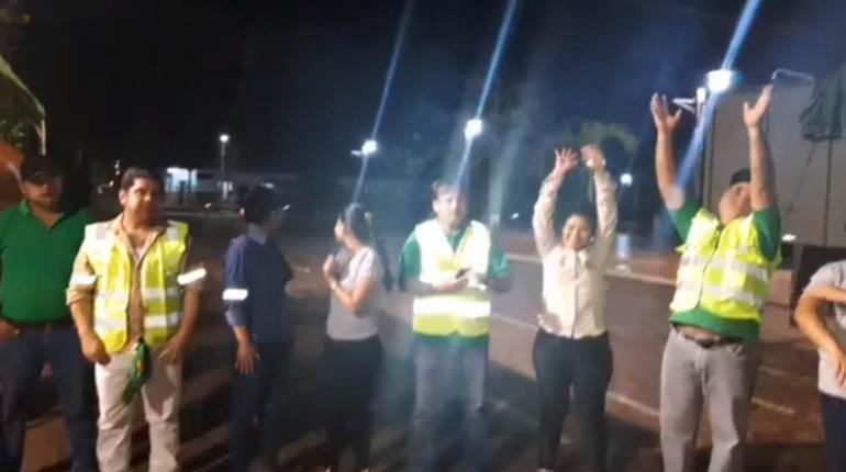 Con lágrimas, pobladores de San Ignacio reciben la «bendición» de la lluvia