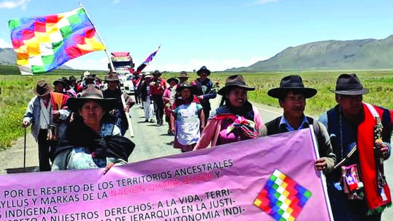 Sindicatos campesinos, la punta de lanza que rompe la lucha indígena