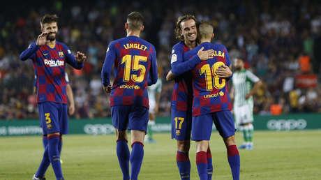 Varios jugadores del F.C. Barcelona durante el encuentro liguero en el que su equipo recibió al Real Betis Balompié, 25 de agosto de 2019.