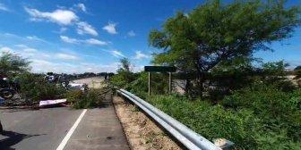 Ver video – Bloqueo desde esta mañana en la zona de Río…