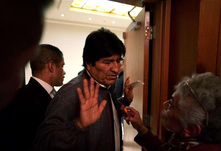 Evo ataca al Gobierno de Áñez desde su asilo en Argentina; expresidente incumple normas de refugio