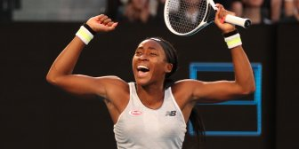 Sorpresa en Australia: la niña prodigio de 15 años eliminó a Naomi Osaka, la actual campeona