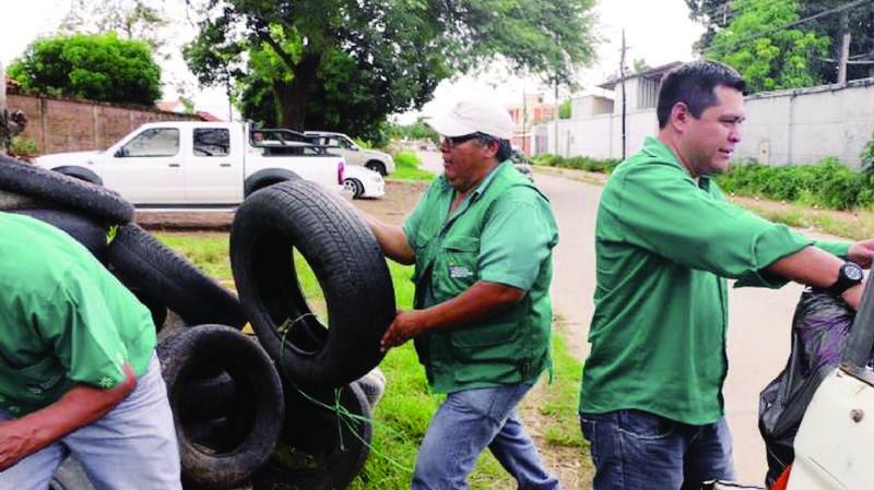 4 regiones en emergencia por el dengue; envían brigada al Chaco