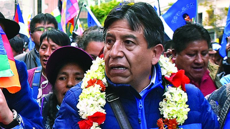 Experta: Choquehuanca, en 2009, entregó 50% del Silala a Chile