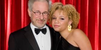 Mikaela, la hija de Steven Spielberg, actriz porno y estríper con el apoyo de su padre