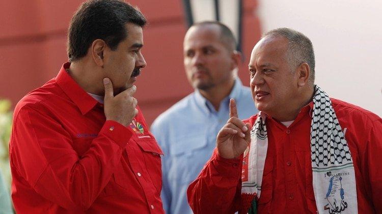 Nicolás Maduro junto a Diosdado Cabello (REUTERS/Manaure Quintero)