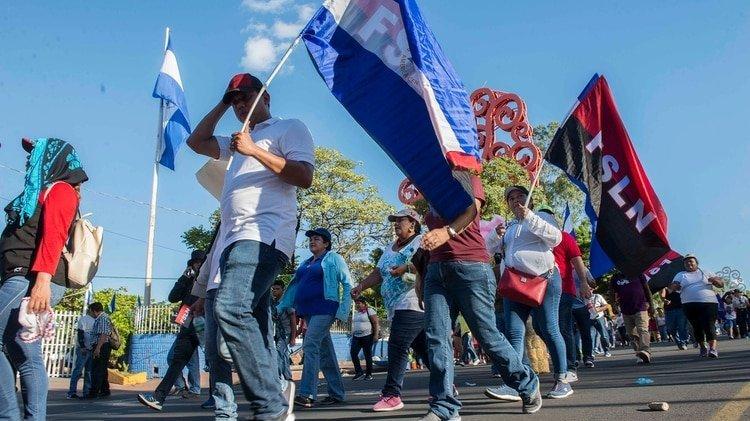 """El sábado pasado, simpatizantes sandinistas marcharon por las calles de Managua """"contra el coronavirus""""."""