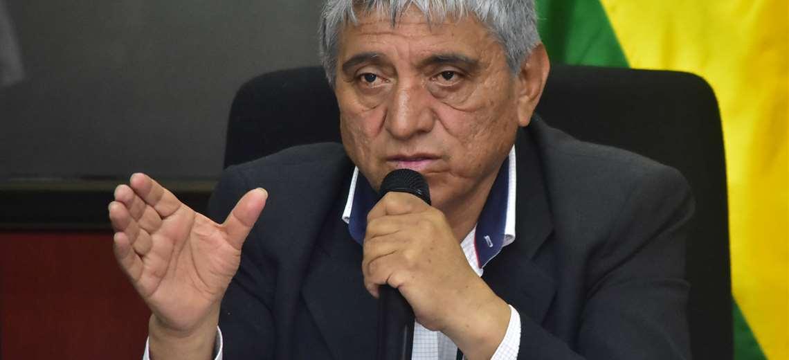 Resultado de imagen de El ministro de Obras Públicas, Iván Arias,