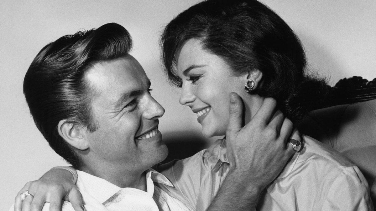 Natalie Wood y Robert Wagner en la década de los años sesenta. ** B.L.