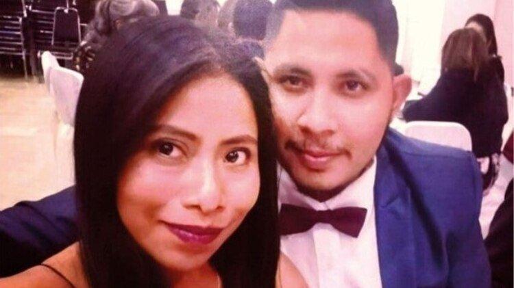 La pareja se conoció en septiembre pasado en la comunidad de Tlaxiaco, en Oaxaca (Foto: Twitter @alberto_santos)