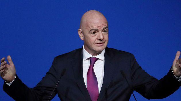 La FIFA analiza medidas para reducir el impacto económico