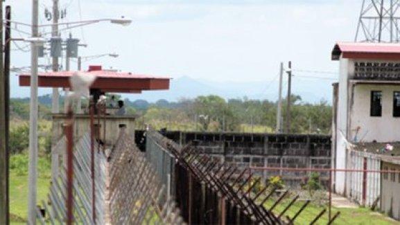 En el Sistema Penitenciario Nacional, conocido como La Modelo, los presos políticos sufren maltrato físico y psicológico. (Cortesía de La Prensa de Nicaragua).