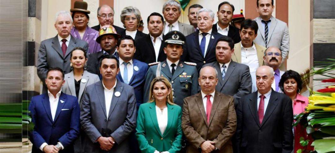 Entre los acusados hay ministro y exministro del Gobierno transitorio