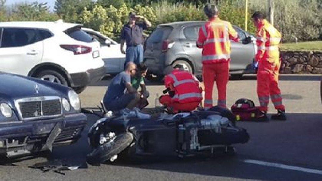 George Clooney fue hospitalizado tras un accidente con su moto en Sardinia (Italia) /The Grosby Group