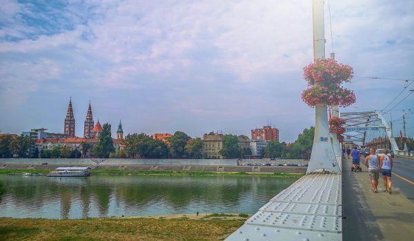 Vár a napfényes Szeged! Barangolás, utazás tipp