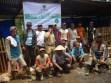 para anggota kelompok ternak alif selaku penerima program ZCD di depan kandang domba