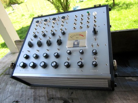 kaimaitron stereo