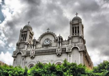 Το καμπαναριό και το ρολόι του ναού