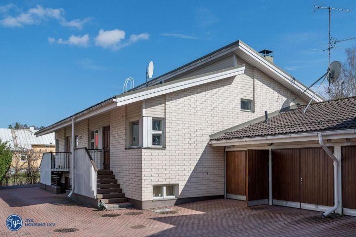 Vuosi lopppu ja sen aikana tuli myytyä oma pitkäaikainen asunto. #EkaRaksaprojekti