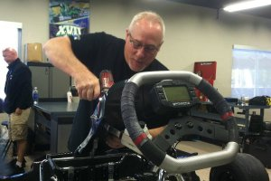 It was an honor to have the KSNA crew, including Tim Pappas, working on the steed for the day (Photo: EKN)