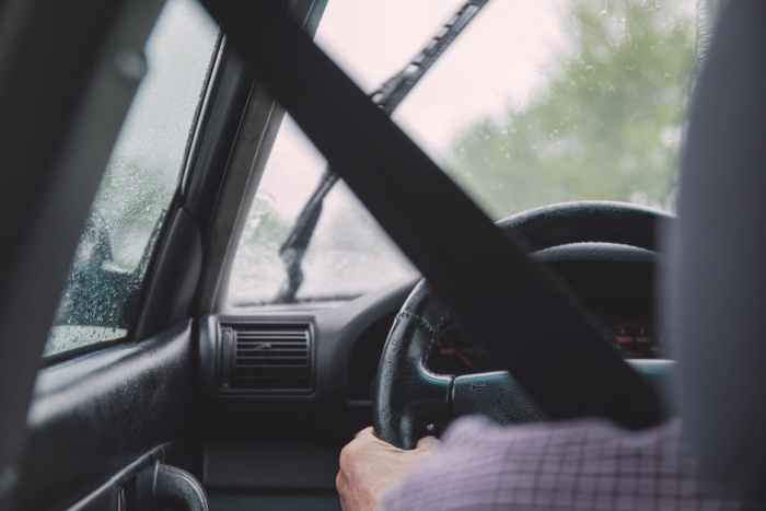 Onzekere mensen in het verkeer