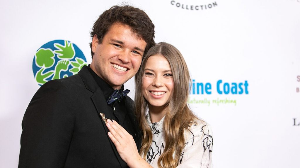bindi-irwin-posts-about-pregnancy:-'we-can't-wait-to-teach-our-little-one'