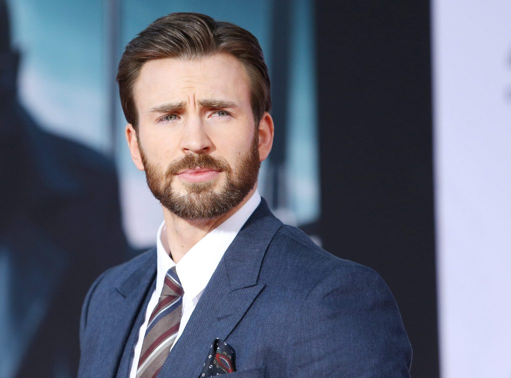 chris-evans-accidentally-leaks-nsfw-photos-on-social-media,-'avengers'-co-star-responds