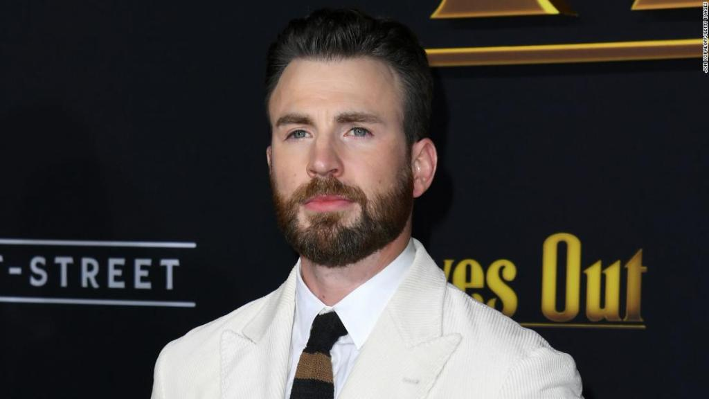 chris-evans-appreciates-fan-support-after-'embarrassing'-nsfw-photo