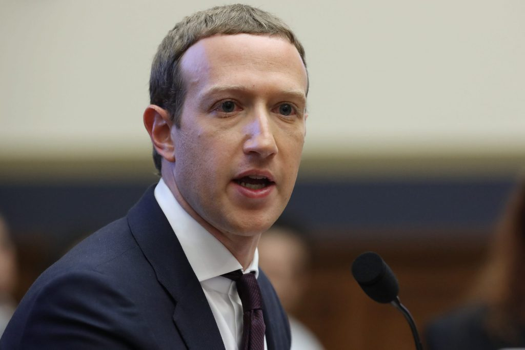 facebook-issues-new-rules-on-internal-employee-communication