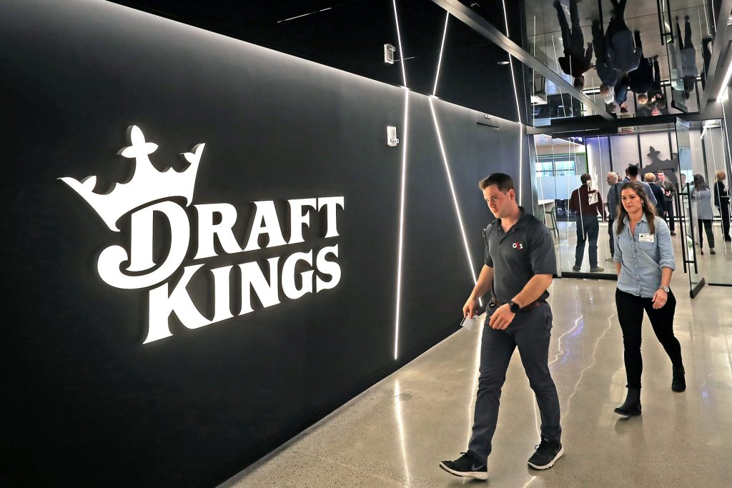 draftkings-ceo-sounds-alarm-on-spac-market:-'hopefully-the-market-settles-down-a-little-bit-there'