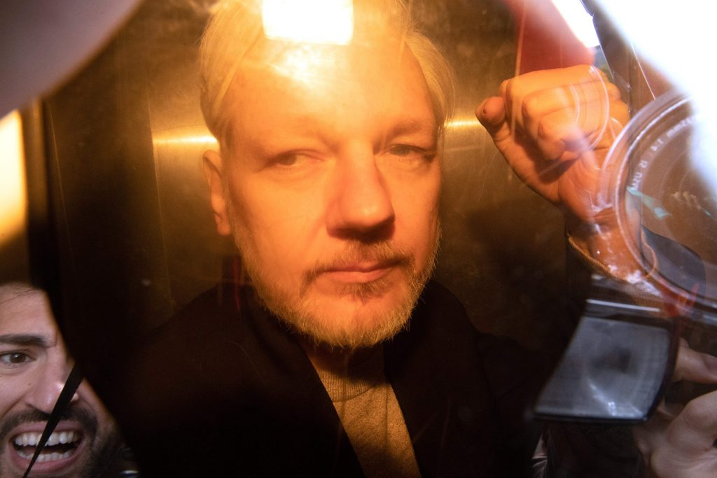 wikileaks'-julian-assange-fights-extradition-to-the-us.-in-top-london-court