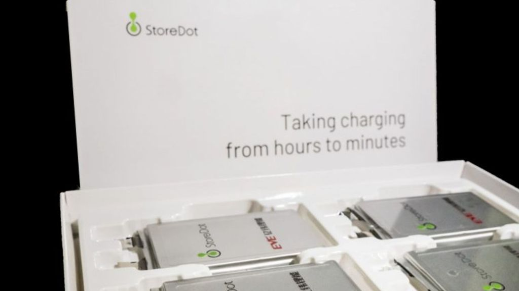 New-electric-car-battery-can-charge-in-five-minutes