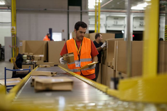 Amazon hiring 75,000 more workers in latest job spree