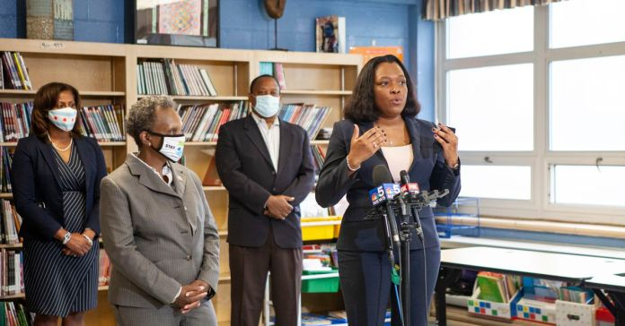 Chicago sets aggressive deadline for schools CEO hire, as more details emerge about search