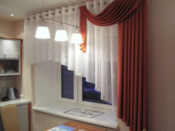how to choose curtains for the kitchen