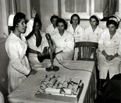 Des infermières pour le maquis