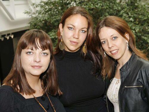 Jamais sans mes soeurs de Kristina JONES (et ses soeurs Céleste et Juliana)