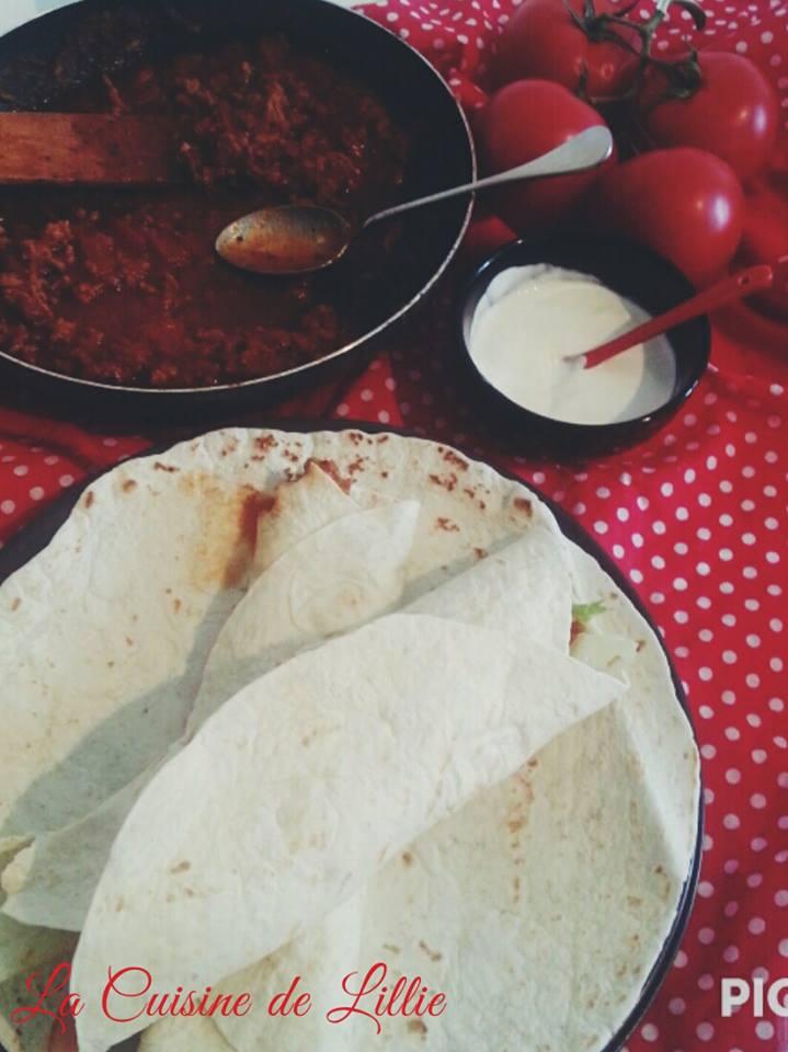 Burritos épicés à la viande hachée . Olé!