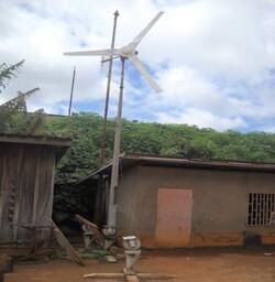 Expérimentations à l'Université de Dschang (Ouest – Cameroun)  sur la fabrication et l'utilisation des éoliennes au Cameroun sous technologie tropicalisée.
