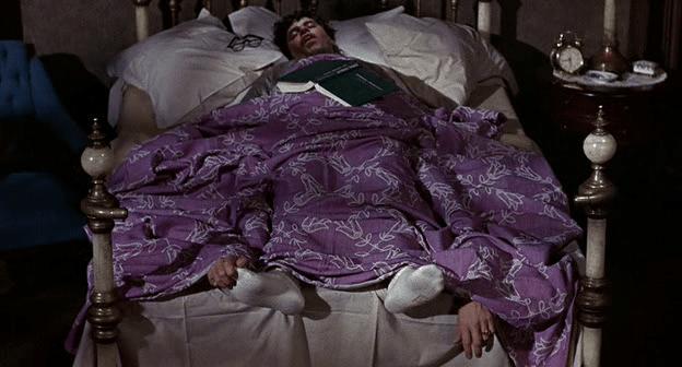 """Résultat de recherche d'images pour """"jerry lewis dans son lit se gratte les pieds"""""""