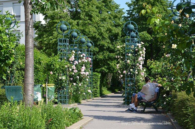 Coulée verte René-Dumont, ex Promenade Plantée ... sur le Viaduc des Arts !