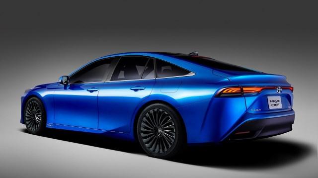 Toyota-Mirai-vodik-2generace-3