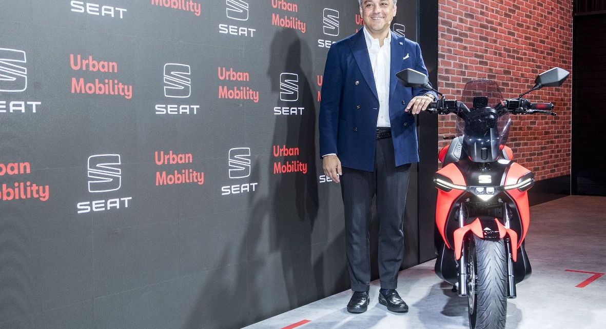 SEAT-creates-a-business-unit-to-promote-urban-mobility-and-presents-its-e-Scooter-concept-_01_HQ