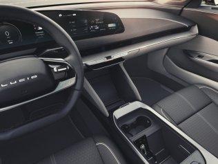 2020-elektromobil-lucid-air- (11)