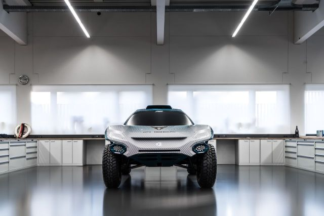 CUPRA-is-the-first-automotive-brand-to-participate-in-Extreme-E_03_small