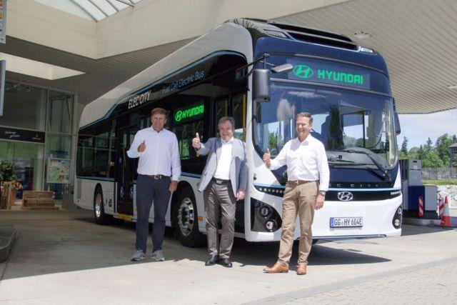 Hyundai Elec City Fuel Cell Bus Trial_2