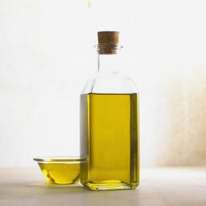 Flaska med olja
