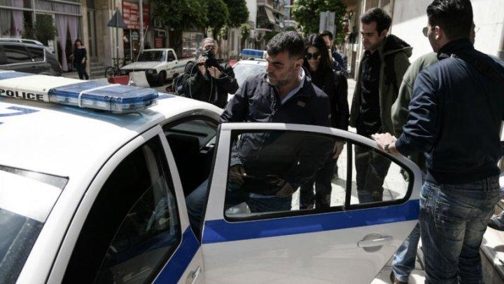 Συνελήφθη ο Κώστας Βαξεβάνης για τη μήνυση Σαμαρά