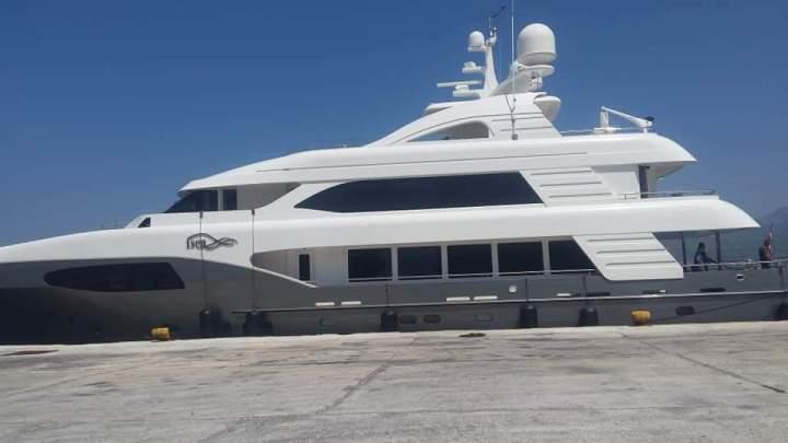 Τωρα:Σκάφος Σαουδαραβα πρίγκιπα στο λιμάνι Κορινθου
